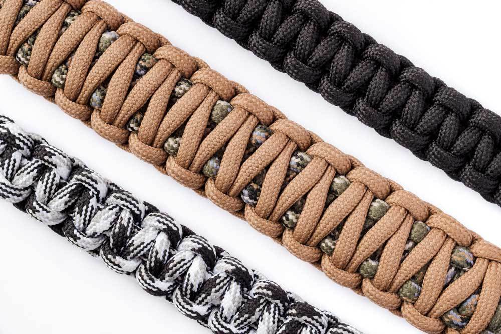 woven strips of paracord