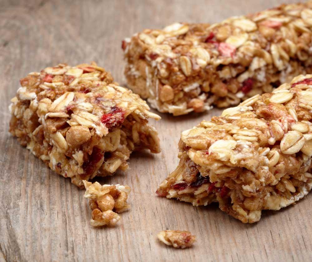 2 granola bars with one broken in half